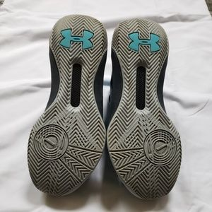 Under Armour Shoes - Under Armour Stephen Curry collection hi-tops